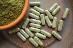 hemp powder and capsules